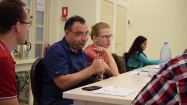 Jak uczymy – Rumuńskiego Języka Migowego – w Szkołach dla Głuchych